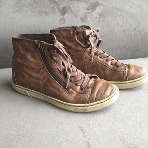 Ugg blaney high top leather sneakers 7.5 chestnut